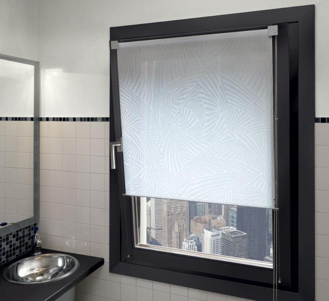Tende a rullo brescia il punto di capriolo tessuti e - Tendaggi per finestre ...